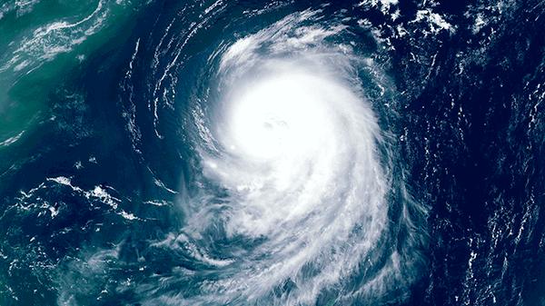 explore hurricanes